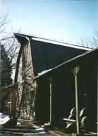 Photo Young _ J. Wilkins Barn 1800 92-7