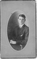 Photo_Unknown Portraits_Philadelphia_Young man in chair